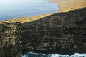 Faroe Islands windsurf windsurfing cold water lake ocean Sørvágsvatn lake